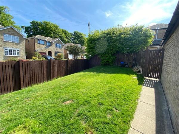 Deanwood Avenue, Sandy Lane, Allerton, West Yorkshire