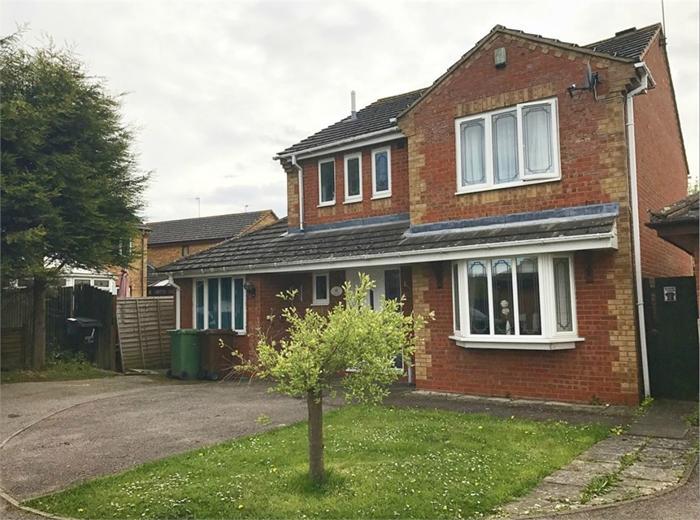 Sherwood Close,  Corby,  NN17