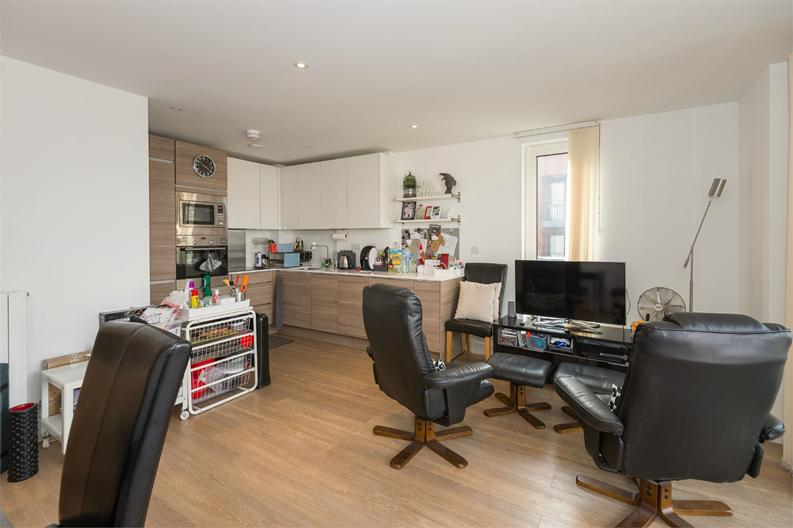 2 bedroom(s) apartment to sale in Cadmus Court, Seafarer Way, London-image 10