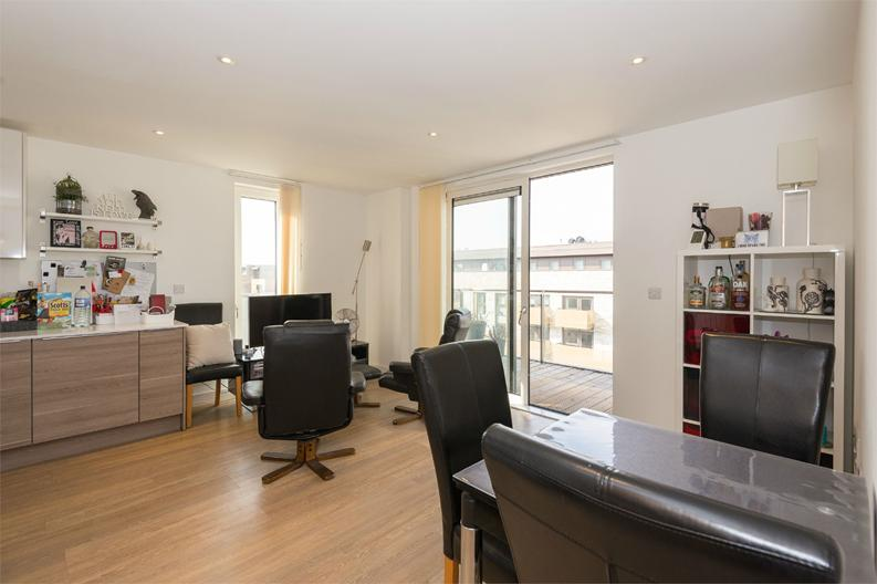 2 bedroom(s) apartment to sale in Cadmus Court, Seafarer Way, London-image 2