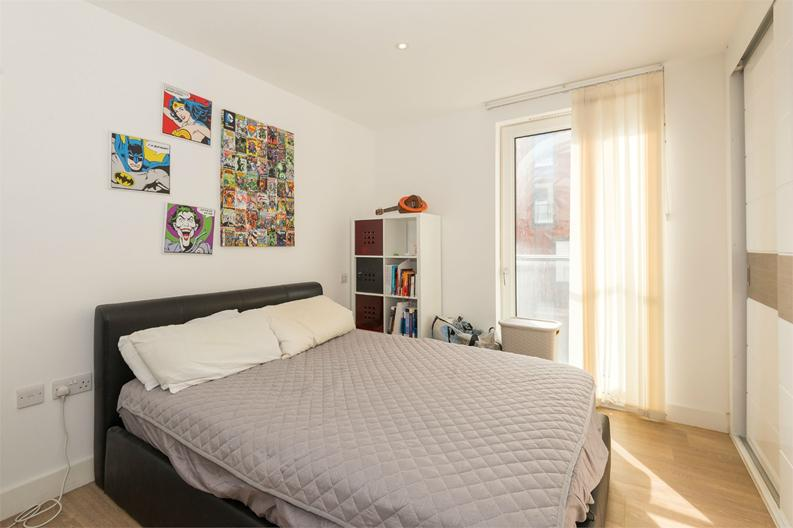 2 bedroom(s) apartment to sale in Cadmus Court, Seafarer Way, London-image 4