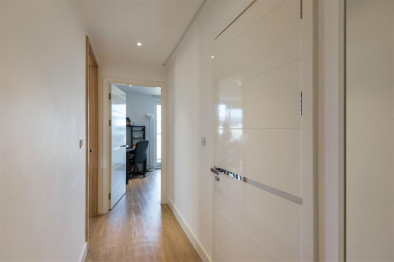 2 bedroom(s) apartment to sale in Cadmus Court, Seafarer Way, London-image 5