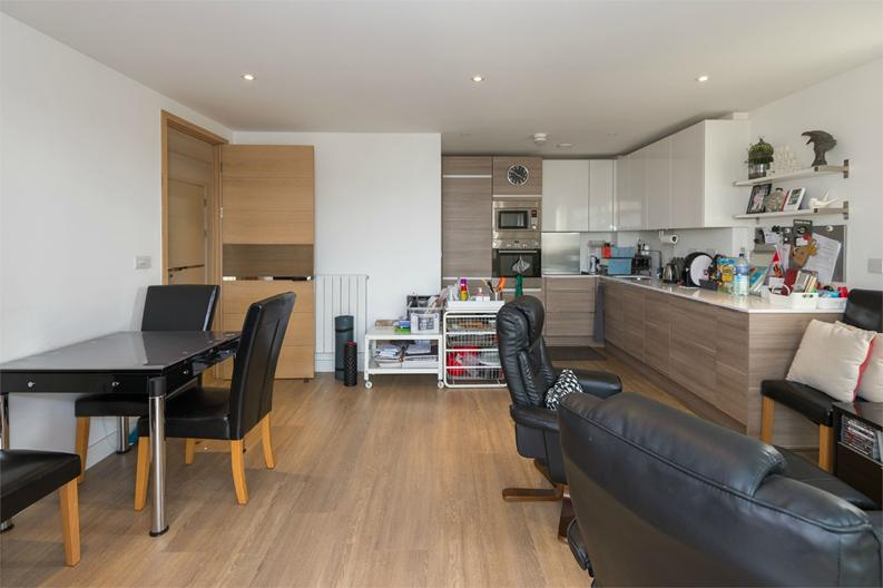 2 bedroom(s) apartment to sale in Cadmus Court, Seafarer Way, London-image 8
