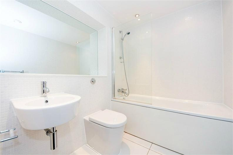 1 bedroom(s) apartment to sale in Cobalt Point, 38 Millharbour, London-image 5