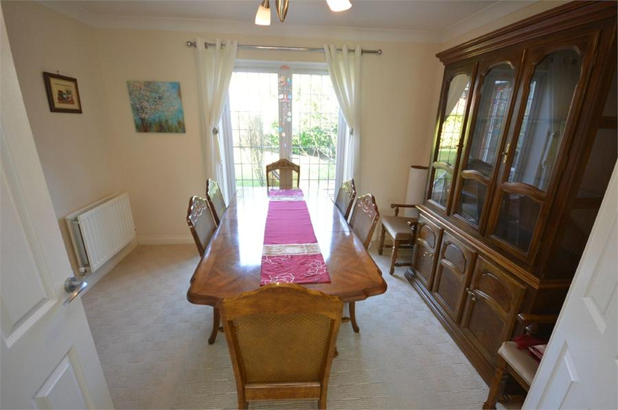 4 bedroom, Stirling Close, SUNDERLAND, SR4 8RT