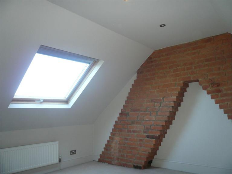 http://www.dezrez.com/estate-agent-software/ImageResizeHandler.do?PropertyID=4640716&photoID=6&AgentID=224&BranchID=333&width=768