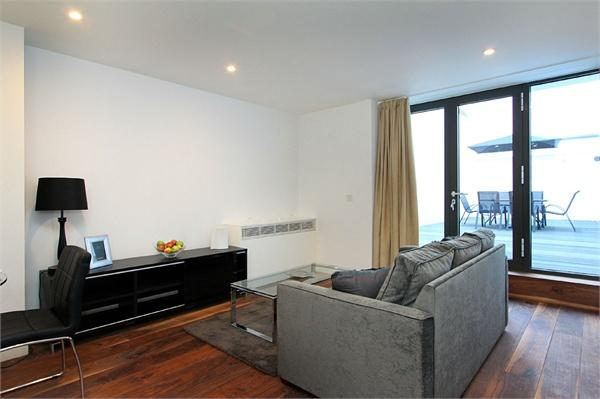 London property for sale. Ref No: 13184677. Picture no 3