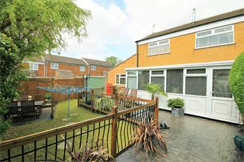 Caythorpe Court, Mansfield Woodhouse, MANSFIELD, Nottinghamshire: £115,000