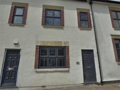 http://www.dezrez.com/estate-agent-software/ImageResizeHandler.do?PropertyID=2928171&photoID=1&AgentID=1002&BranchID=1632&width=500