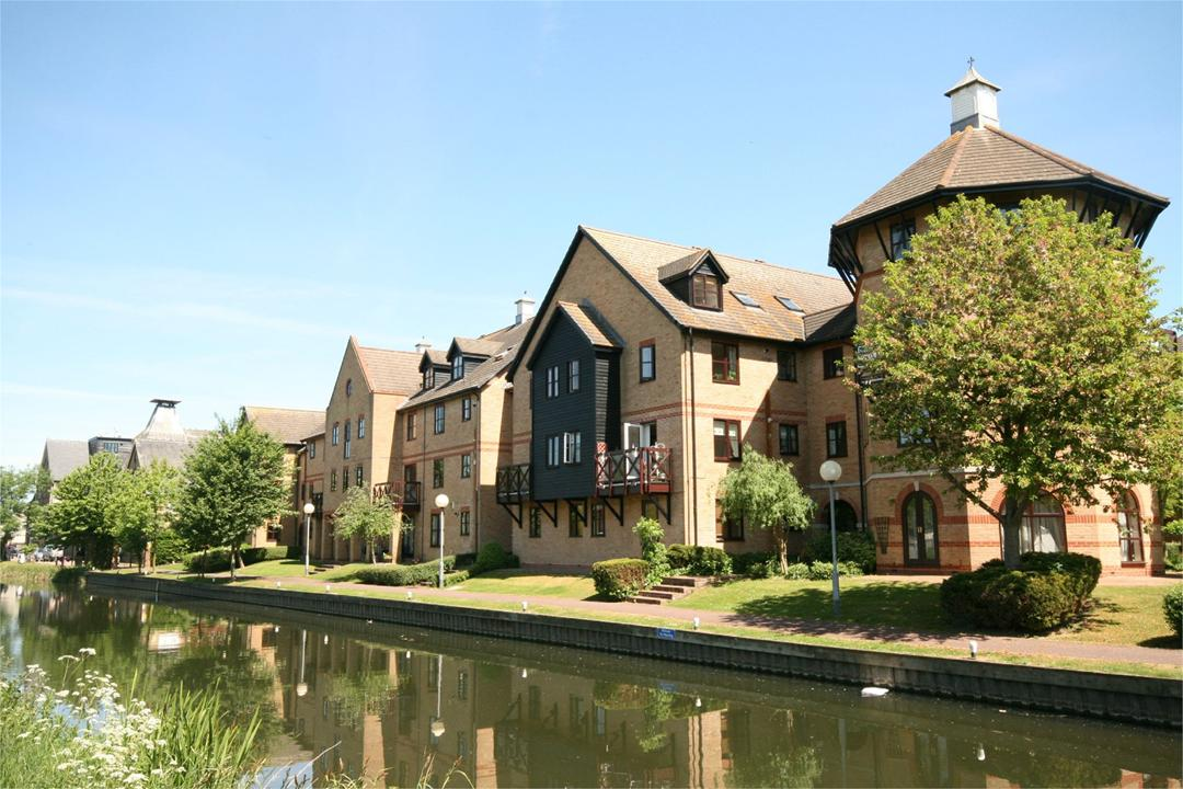 Sheering Mill Lane Image