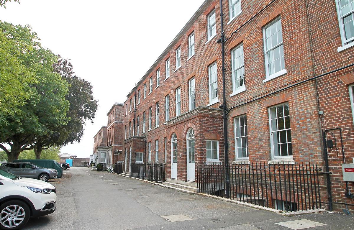 Haslar Terrace, Gosport, PO12 2FA