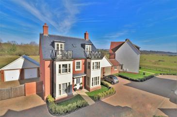 Cooks Crescent, Wivenhoe, Essex