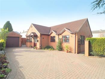 High Street, Tibshelf, Derbyshire: £220,000