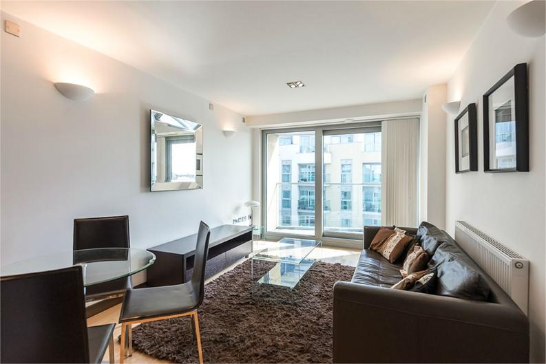 1 bedroom(s) apartment to sale in Vicentia Court, Bridges Court Road, London-image 2