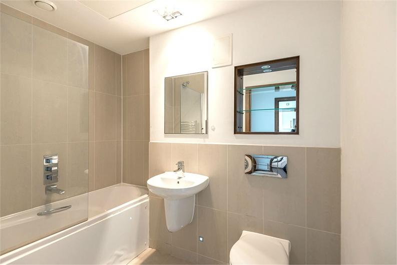 1 bedroom(s) apartment to sale in Vicentia Court, Bridges Court Road, London-image 5