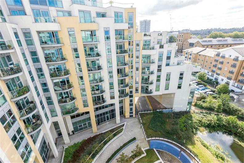 1 bedroom(s) apartment to sale in Vicentia Court, Bridges Court Road, London-image 6
