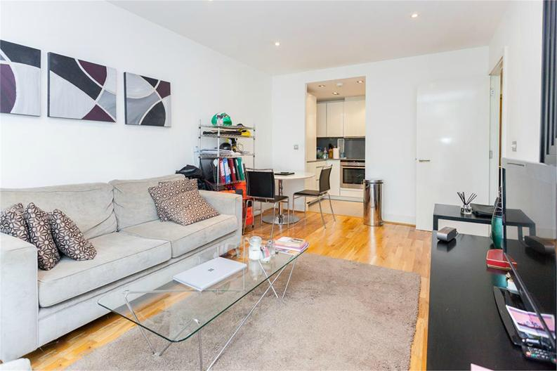 1 bedroom(s) apartment to sale in Times Square, City Quarter, London-image 2