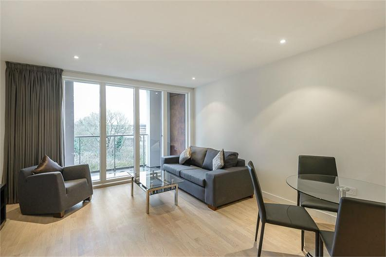 1 bedroom(s) apartment to sale in Aitons House, Pump House Crescent, Brentford, Greater London-image 1