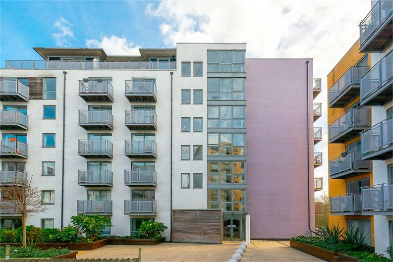 1 bedroom(s) apartment to sale in Alaska Building, Deals Gateway, London-image 1