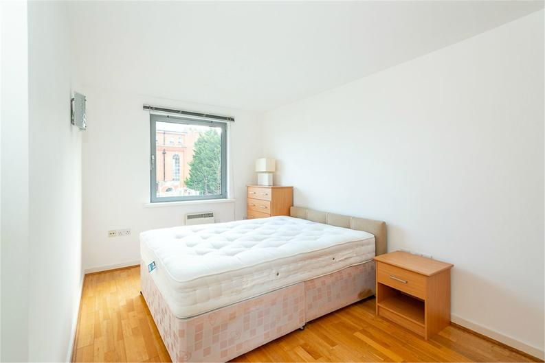 1 bedroom(s) apartment to sale in Alaska Building, Deals Gateway, London-image 3