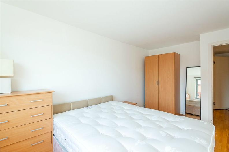 1 bedroom(s) apartment to sale in Alaska Building, Deals Gateway, London-image 6