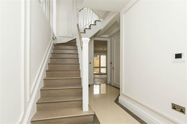 London property for sale. Ref No: 13184706. Picture no 5