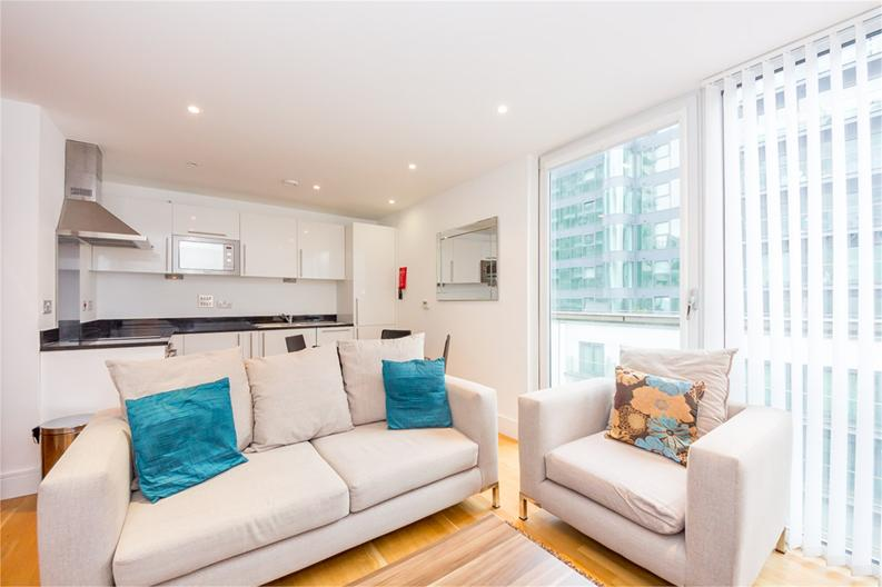 1 bedroom(s) apartment to sale in Cobalt Point, 38 Millharbour, London-image 4