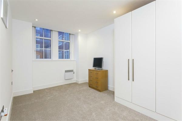 Westminster property for sale. Ref No: 13184692. Picture no 3