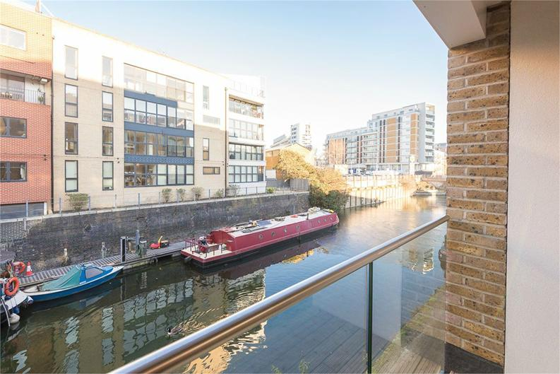 2 bedroom(s) apartment to sale in Slate House, 11 Keymer Place, London-image 3