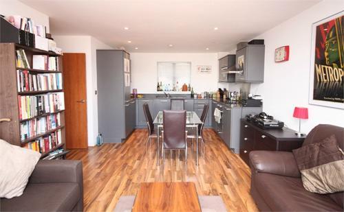 Kings Quarter Apartments,  170 Copenhagen Street,  London,  N1 0GL