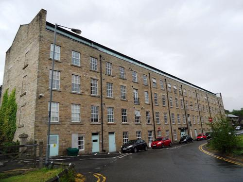 Albion Mill,  Wedneshough Green,  Hollingworth