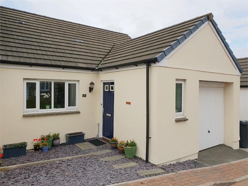 7 Austen Close, PAR, Cornwall