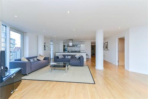 http://www.dezrez.com/estate-agent-software/ImageResizeHandler.do?PropertyID=3596194&photoID=1&AgentID=1307&BranchID=2081&width=500
