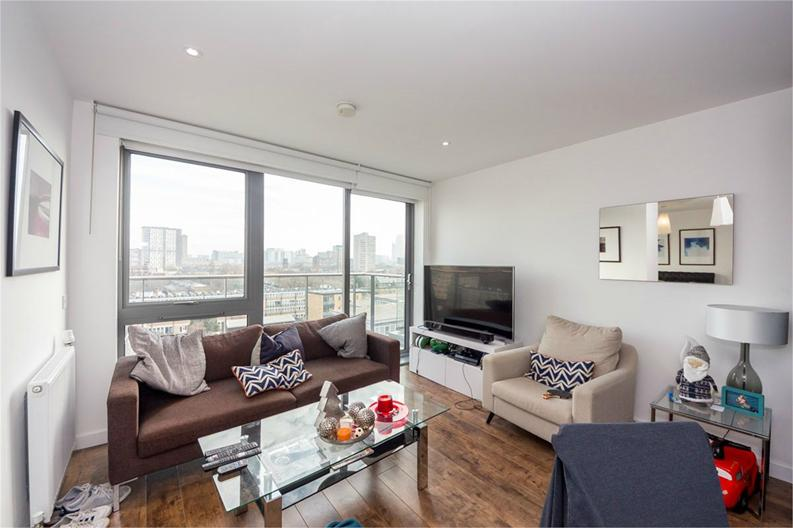 Studio apartment to sale in Mellor House, 57 Upper North Street, London-image 1