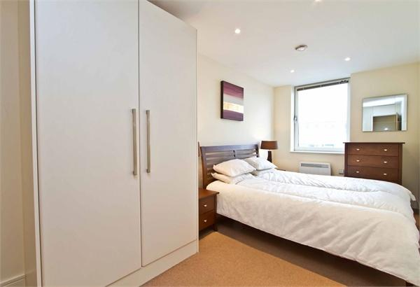 Islington property for sale. Ref No: 13184526. Picture no 9