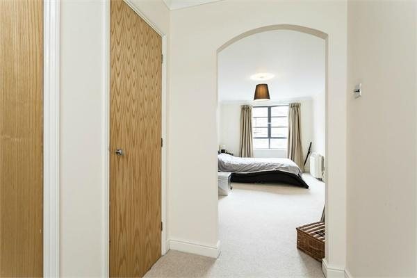 London property for sale. Ref No: 13184658. Picture no 5