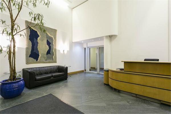 St Johns Wood property for sale. Ref No: 13184696. Picture no 11