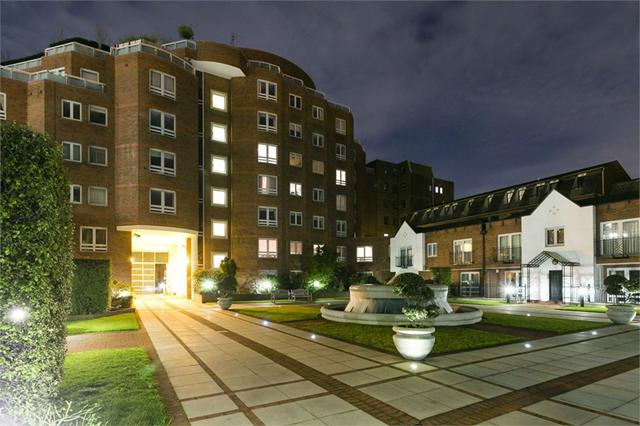 St Johns Wood property for sale. Ref No: 13184696. Picture no 2