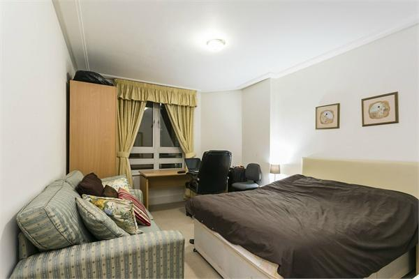 St Johns Wood property for sale. Ref No: 13184696. Picture no 6