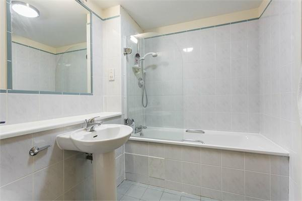 St Johns Wood property for sale. Ref No: 13184696. Picture no 8