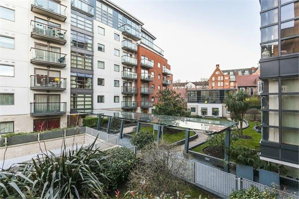 Westminster property for sale. Ref No: 13184694. Picture no 9